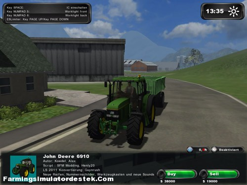 Photo of John Deere 6910