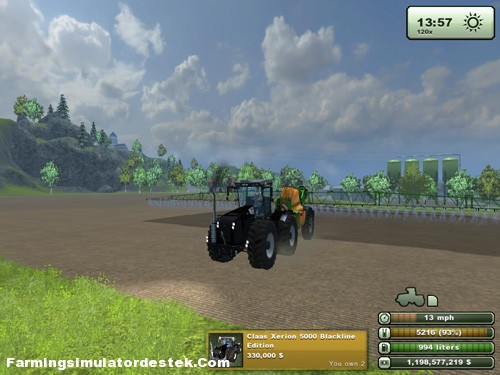 Photo of Claas Xerion 5000