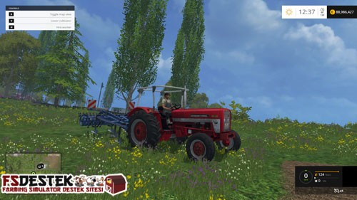 International-453-traktor-1