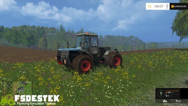 skoda_traktor_yama